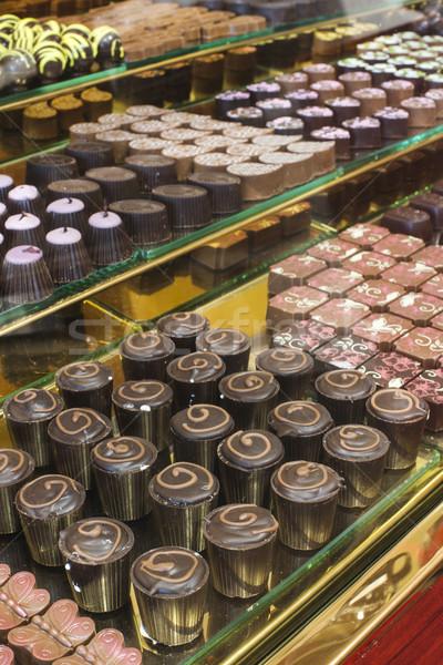 çikolata şeker depolamak pencere durmak gıda Stok fotoğraf © deyangeorgiev