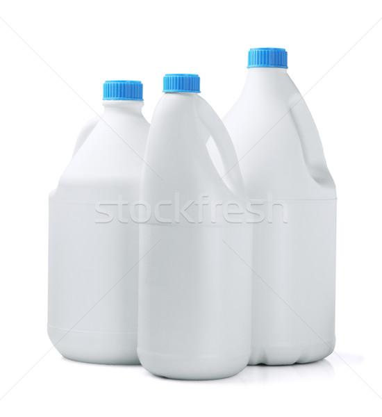 Três detergente grupo leite garrafa banheiro Foto stock © dezign56