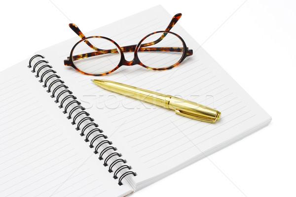Сток-фото: пер · очки · ноутбук · белый · книга · стекла