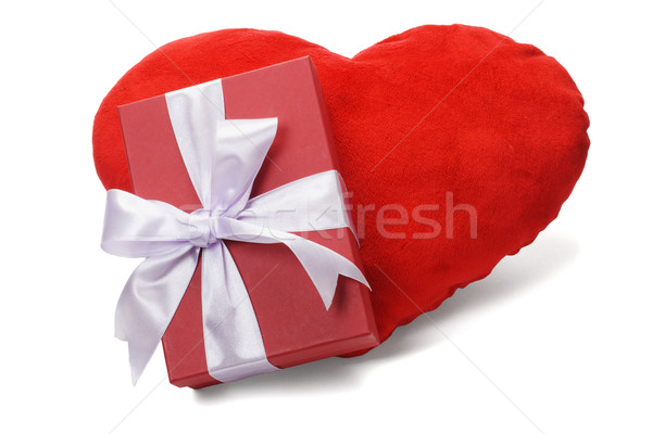 Coffret cadeau amour coeur rouge arc ruban Photo stock © dezign56