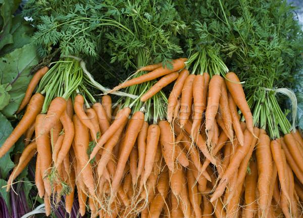 Producir orgánico zanahorias pantalla mercado Foto stock © dgilder