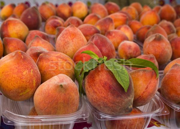 Foto stock: Produzir · orgânico · pêssegos · exibir · agricultores · mercado
