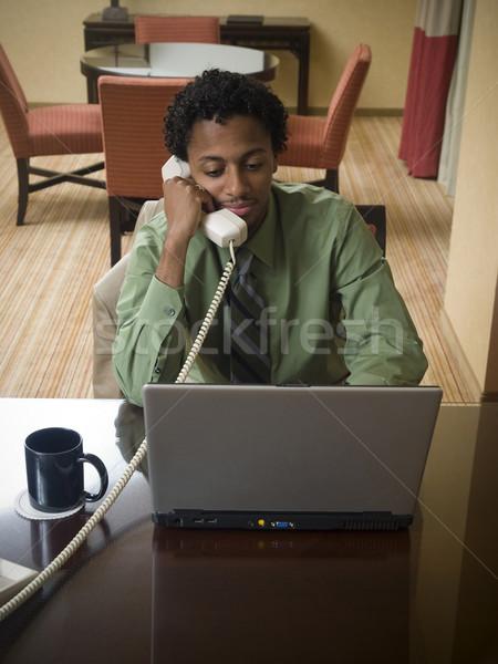Iş gezisi mutlu dizüstü bilgisayar adam işadamı iyi Stok fotoğraf © dgilder