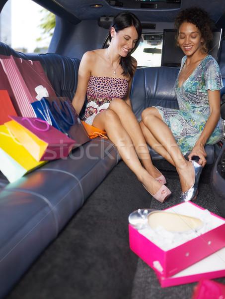 Nők vásárlás limuzin új cipők függőleges Stock fotó © diego_cervo