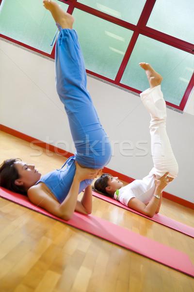 Gezondheid club vrouwen aerobics vrouw Stockfoto © diego_cervo