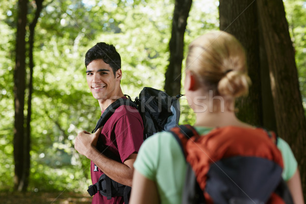 Zdjęcia stock: Para · plecak · drewna · młody · człowiek · kobieta