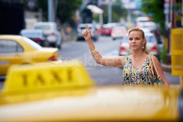 Mensen vrouw Geel taxi blond Stockfoto © diego_cervo
