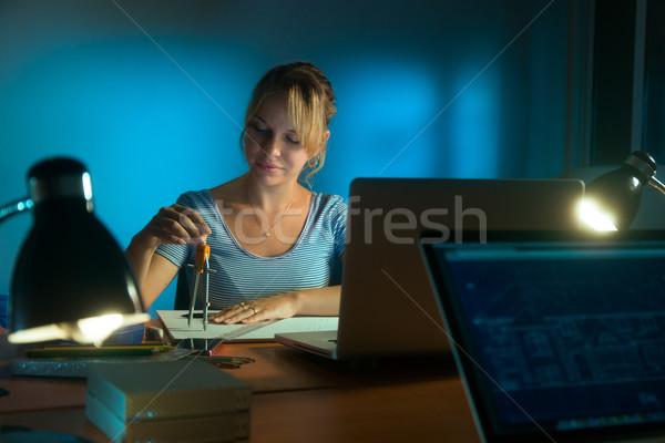 Boldog nő belsőépítész dolgozik projekt rajz Stock fotó © diego_cervo