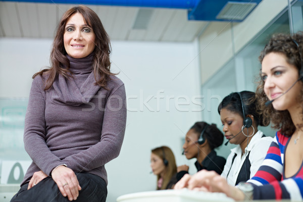 Femmes travail centre d'appel femme d'affaires groupe Photo stock © diego_cervo
