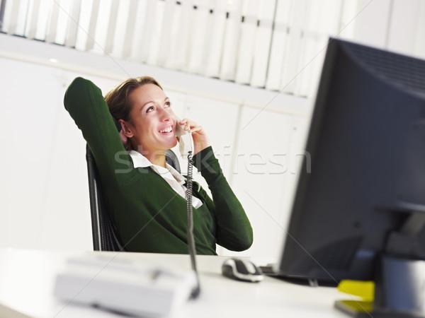 üzletasszony telefon nő beszél iroda üzlet Stock fotó © diego_cervo