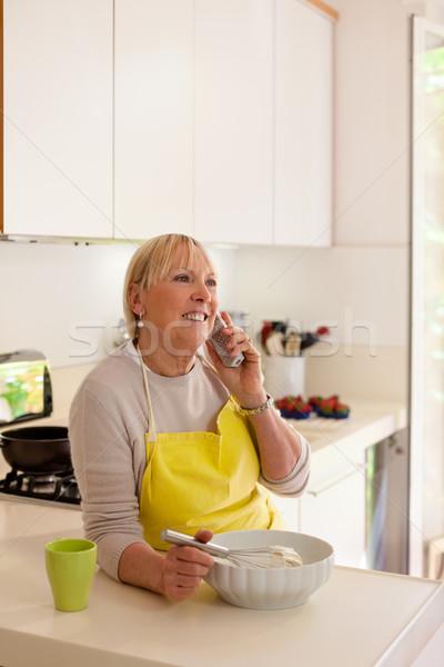 отставку женщину домой счастливым старший Сток-фото © diego_cervo