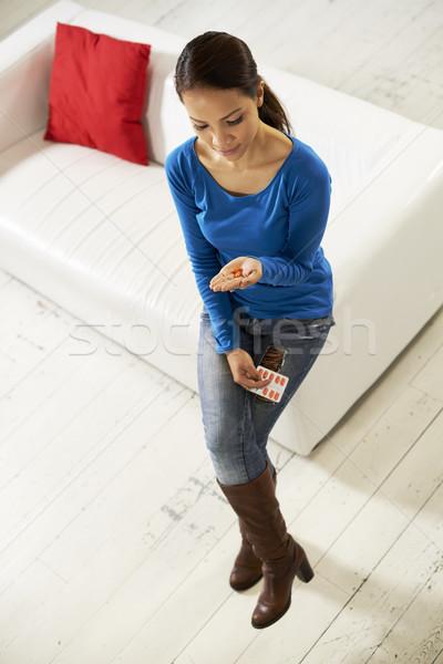 азиатских женщину таблетки медицина стороны Сток-фото © diego_cervo