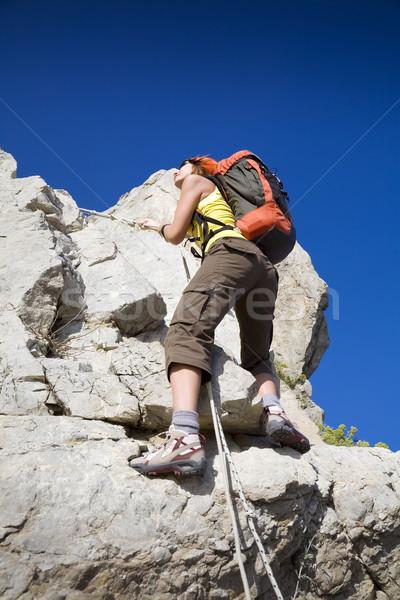 Stockfoto: Wandelen · jonge · vrouw · top · berg · exemplaar · ruimte · sport