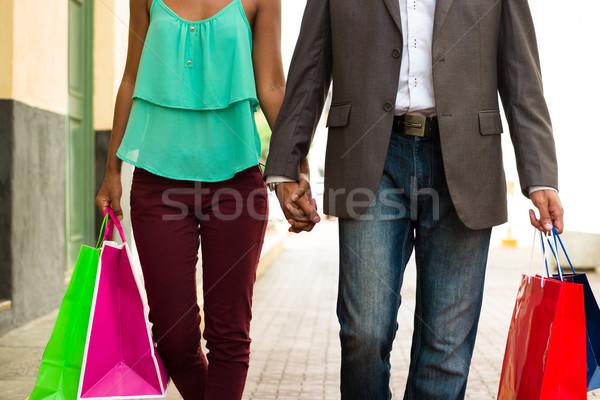 Afroamerikai pár bevásárlótáskák Panama város fekete Stock fotó © diego_cervo