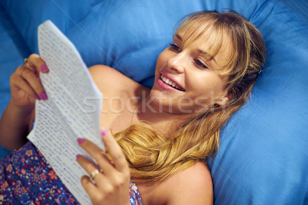 девушки любви чтение письме дружок молодые Сток-фото © diego_cervo