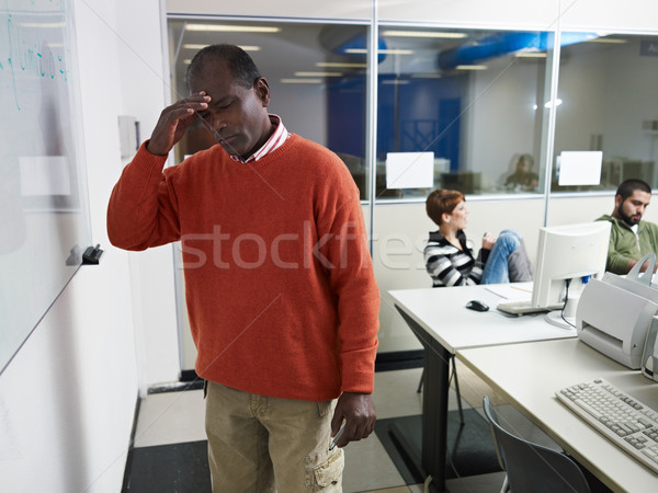 Leraar hoofdpijn computerlokaal computer klasse indian Stockfoto © diego_cervo
