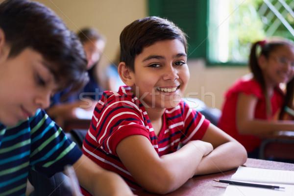 Сток-фото: портрет · школьник · глядя · камеры · класс · молодые · люди