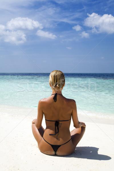 Stockfoto: Tropisch · strand · perfect · meisje · mediteren · exemplaar · ruimte · strand