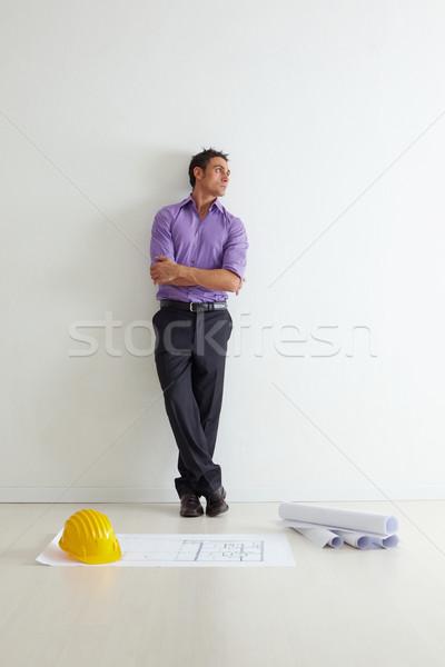 Stockfoto: Architect · portret · volwassen · muur