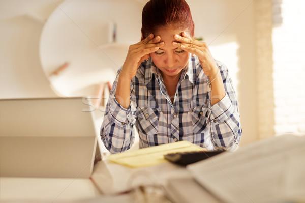 Boos senior vrouw betalen federaal Stockfoto © diego_cervo
