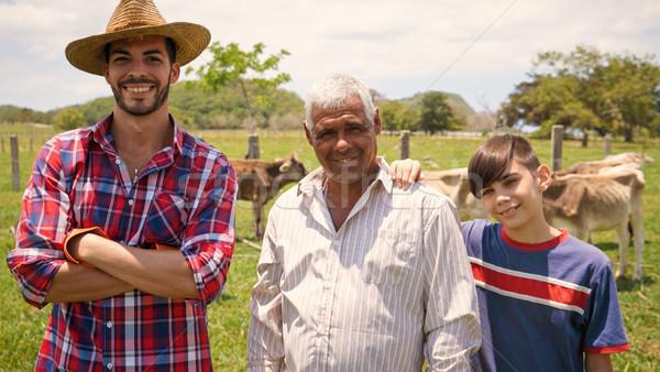 Három generációk családi portré gazdák farm mindennapi Stock fotó © diego_cervo