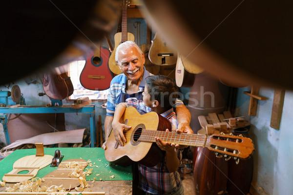 Stok fotoğraf: Erkek · oynamak · gitar · kıdemli · adam · dede