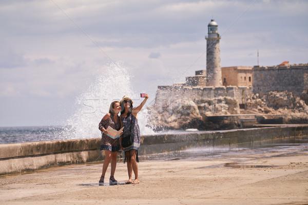 観光 女の子 携帯電話 ハバナ キューバ ストックフォト © diego_cervo