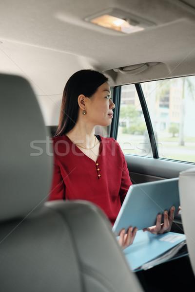 Chinese zakenvrouw werken taxi werk vrouwelijke Stockfoto © diego_cervo