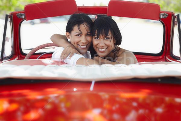Stock fotó: Gyönyörű · iker · nővérek · ölel · cabrio · autó