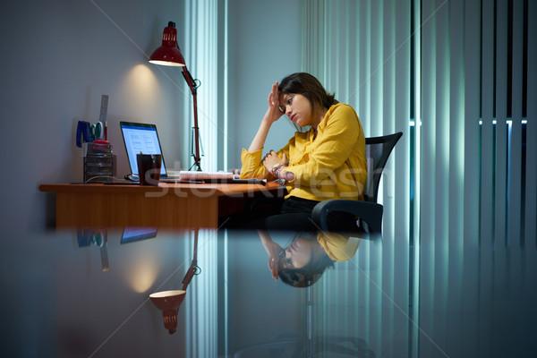 Müde Mädchen Studium Nacht Stock foto © diego_cervo
