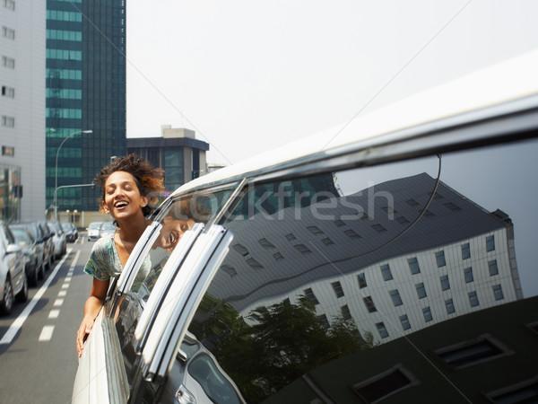 Toeristische limousine latino vrouw hoofd uit Stockfoto © diego_cervo