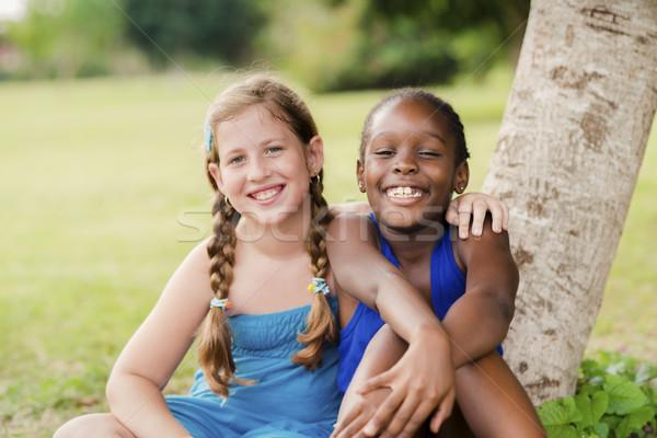 Stock foto: Zwei · glücklich · weiblichen · Freunde · schauen