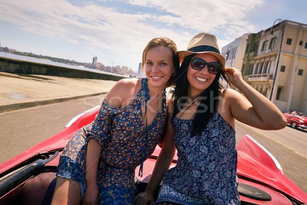 Foto stock: Feliz · Pareja · turísticos · ninas · La · Habana