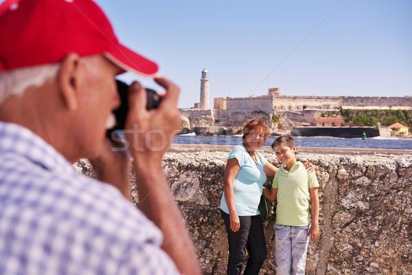祖父母 少年 家族 休日 キューバ ストックフォト © diego_cervo