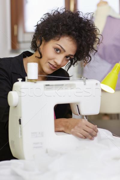 моде дизайнера швейные машины молодые Hispanic женщины Сток-фото © diego_cervo