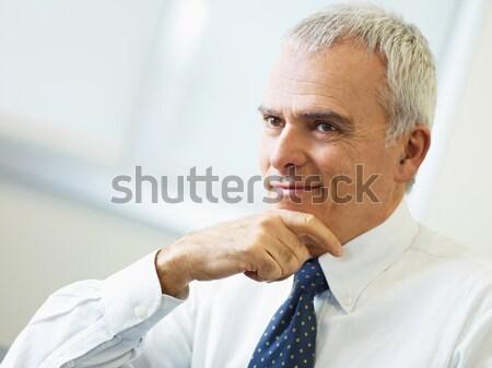 Сток-фото: зрелый · бизнесмен · мышления · портрет · деловой · человек · стороны