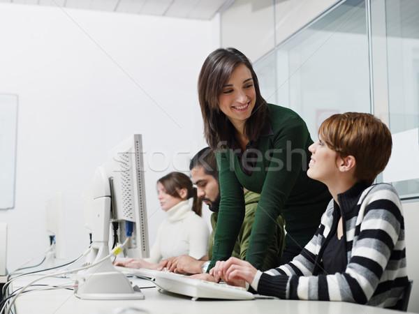 Leraar studenten computer klasse computerlokaal kaukasisch Stockfoto © diego_cervo