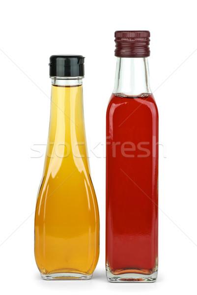 Due bottiglie mela vino rosso aceto isolato Foto d'archivio © digitalr