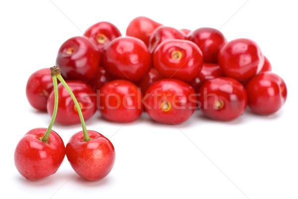 Rood rijp kersen twee geïsoleerd Stockfoto © digitalr