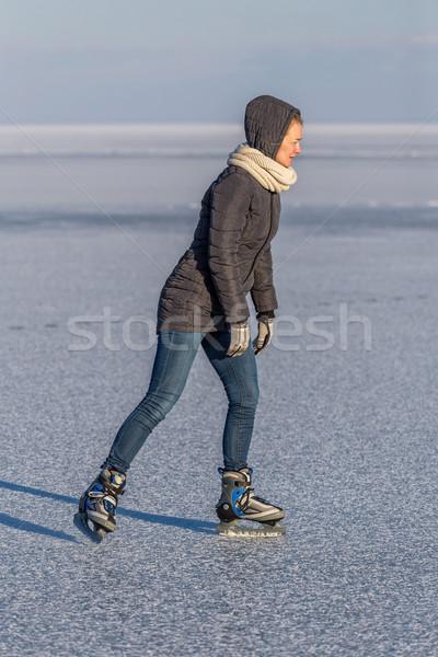 若い女の子 スケート 湖 バラトン湖 ハンガリー 女性 ストックフォト © digoarpi