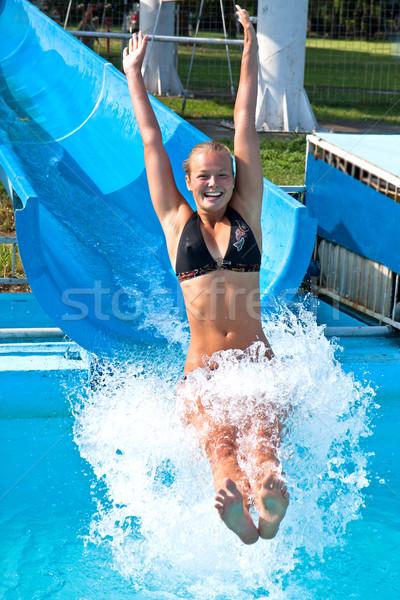 Menina bastante jovem alegria água biquíni Foto stock © digoarpi