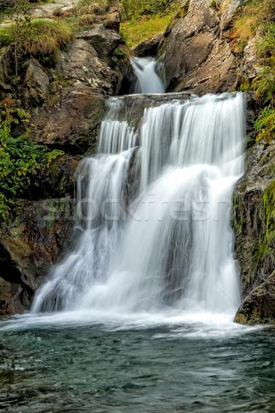 Schönen Schleier Wasserfall Landschaft Garten grünen Stock foto © digoarpi
