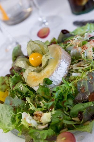 Salade geitenkaas restaurant voedsel kaas plaat Stockfoto © digoarpi