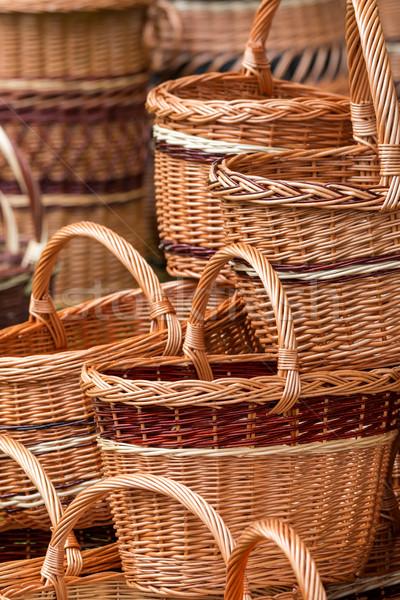Osier panier texture main bois Photo stock © digoarpi