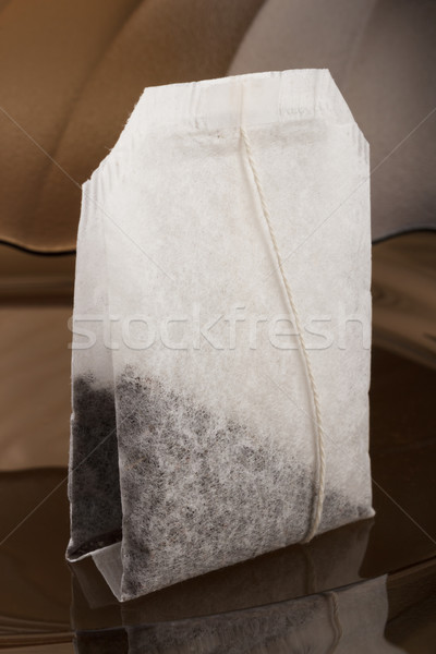 Té dosis bolsa oscuro vidrio placa Foto stock © DimaP