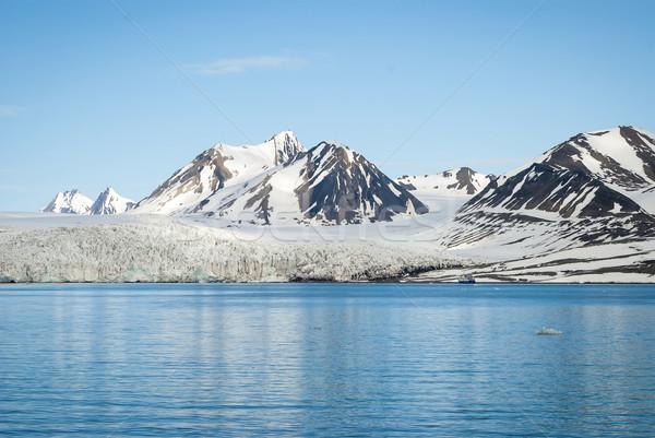 Stock fotó: Vitorlázik · csónak · gleccser · sarkköri · hegyek · természet