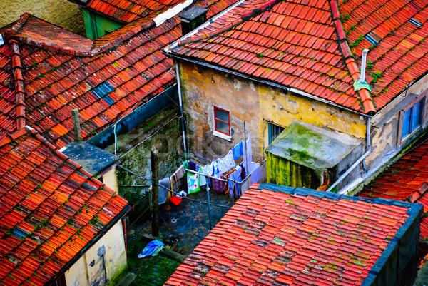住宅 古い 住宅の 家 市 通り ストックフォト © dinozzaver