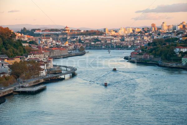 Portugal río agua vino edificio puesta de sol Foto stock © dinozzaver