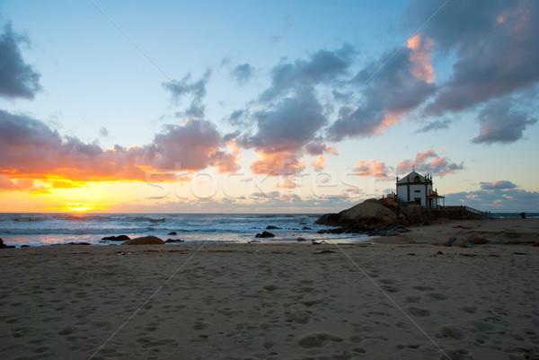 Kaplica Portugalia sylwetka wygaśnięcia plaży wody Zdjęcia stock © dinozzaver