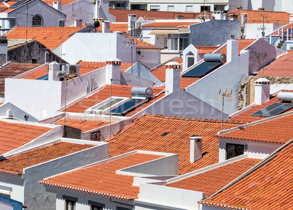 Witte huizen Rood tegel daken Stockfoto © Discovod